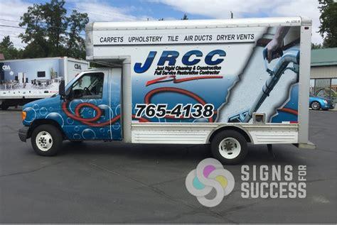 box trucks signs  success