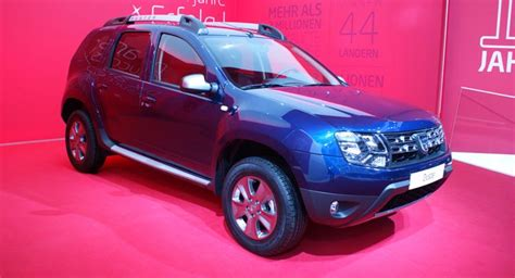 daster jersey dacia gives duster new 125ps turbo petrol showcases range