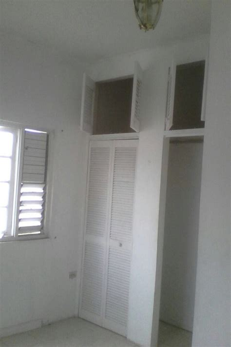 1 bed 1 bath for rent 2 bed 1 bath apartment for rent in haining road kingston