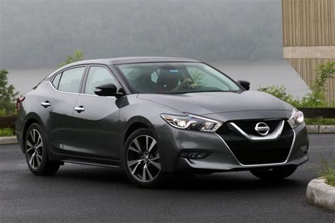 gray nissan maxima 2016 2016 nissan maxima platinum review rating pcmag com