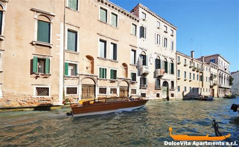 venice apartment with terrace and canal view