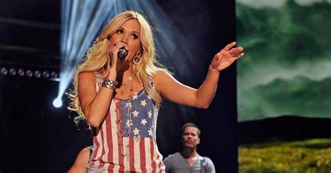 Stars Homes carrie underwood photos stars n stripes celebs