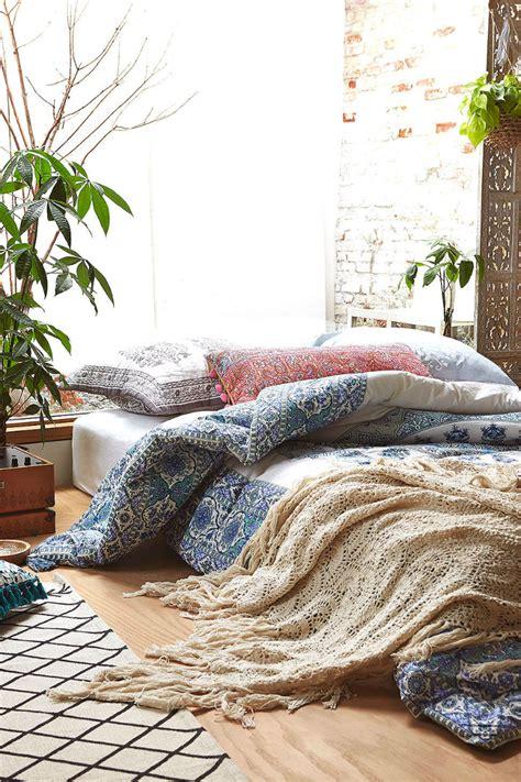 Floor Bed Ideas by 31 Bohemian Bedroom Ideas Decoholic