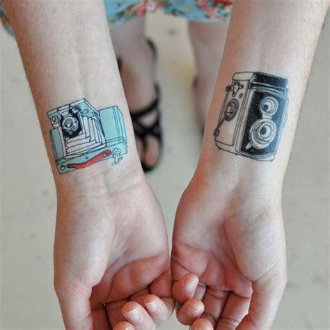 imagenes de tatuajes retro c 225 mara de fotos vintage tatuajes para mujeres