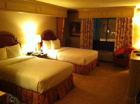 golden nugget las vegas rooms 17th floor room in the carson tower picture of golden nugget hotel las vegas tripadvisor