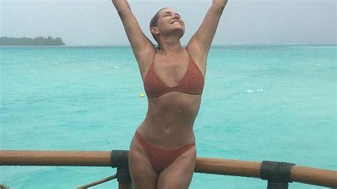 yolanda hadid shares a sexy bathing suit photo on vacation yolanda hadid shares sexy swimsuit shots from tahitian