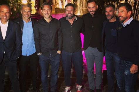 vincent candela ristorante instagram candela festeggia il compleanno insieme a totti