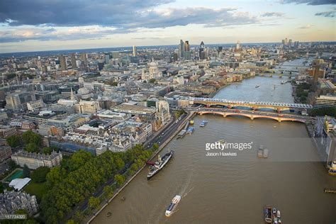 thames river view london aerial view of the river thames stock photo getty