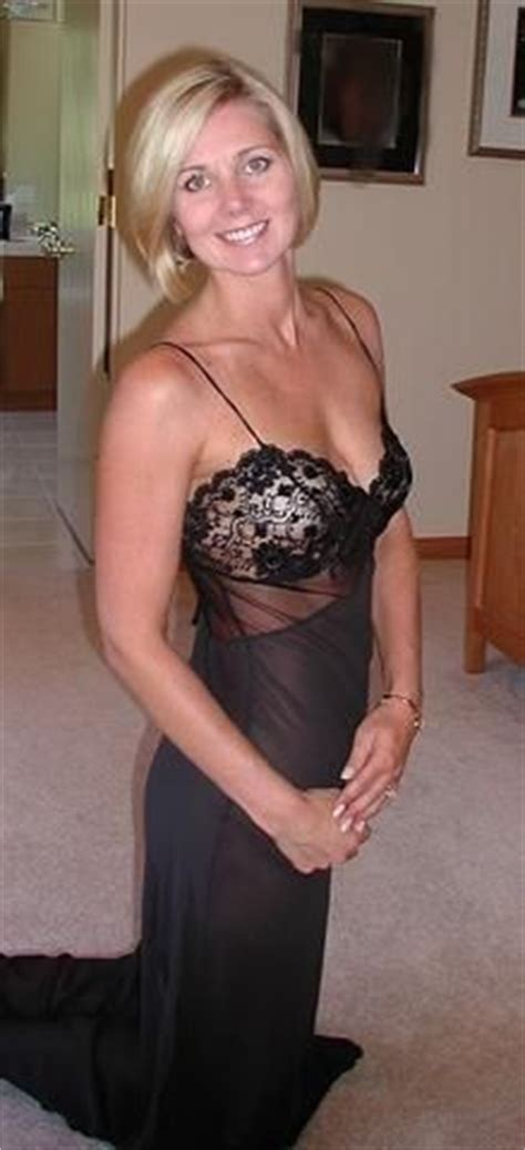 cuckquean mom wanna play with real milf cougars free signup www