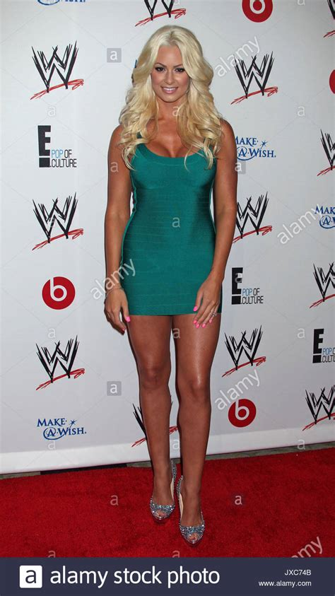 maryse ouellet wwe maryse ouellet wwe e entertainment s superstars for