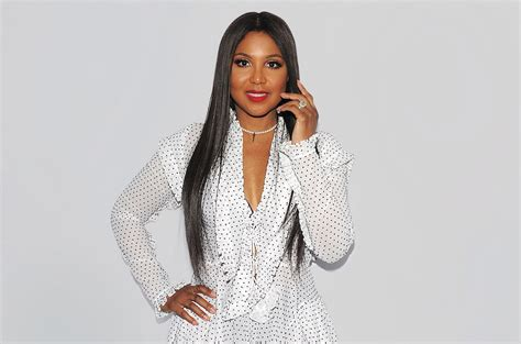 Still Cant Dress Herself by The Hardest Thing About 50 For Toni Braxton Is Reminding