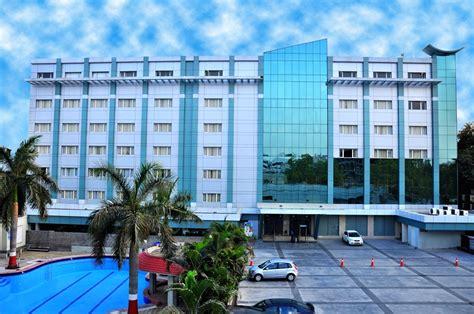 hdfc boat club road ifsc manasarovar the fern hotel