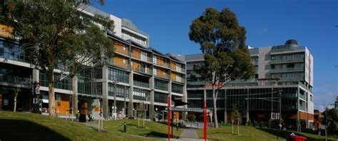Swinburne Mba Ranking swinburne of technology mba
