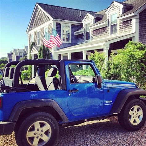 best 25 blue jeep wrangler ideas on pinterest buy jeep wrangler jeep new car and jeep