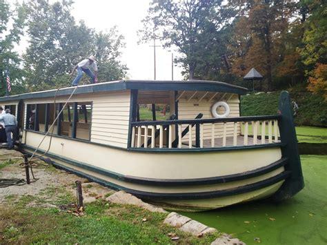 dinner boat ride cleveland ohio ohio erie canal zoar roscoe village urban explorer