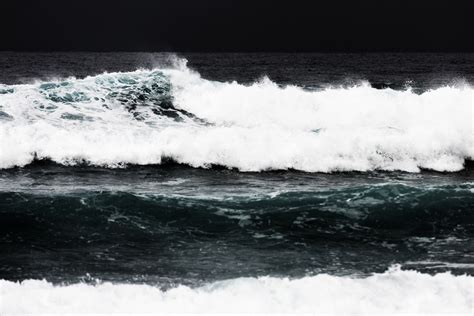 Sprei Wave Hitam Putih by Gambar Pantai Laut Alam Lautan Horison Hitam Dan