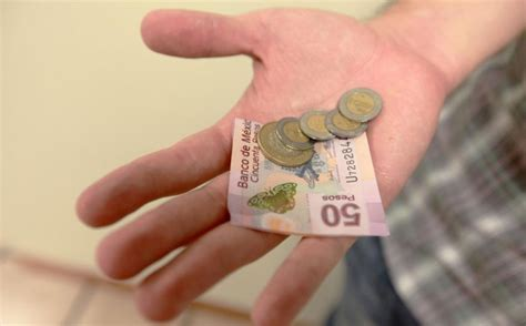 nuevo salario mnimo recibe el ao 2016 con tensin social salario m 205 nimo podr 205 a llegar a 82 pesos en 2015 mxq