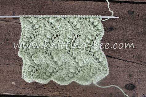 lace zig zag knitting pattern lace vertical zig zag with bobbles free knitting stitch