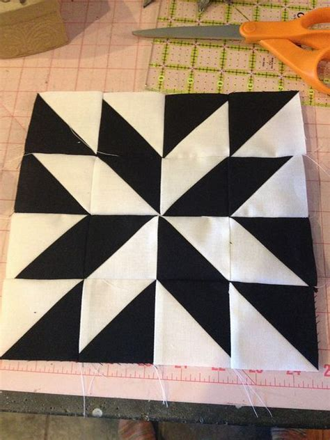 black and white hst quilt pattern modern half square triangle sewing pinterest