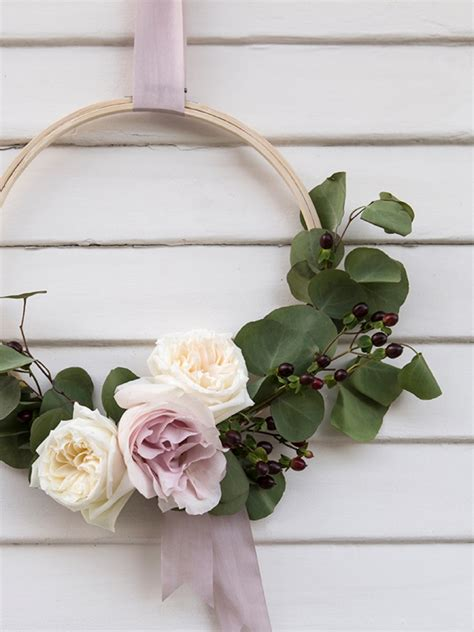 diy flower arrangement simply sona wow these diy floral hoops are simply gorgeous