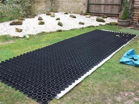 driveway construction pack for gravel. ground plates
