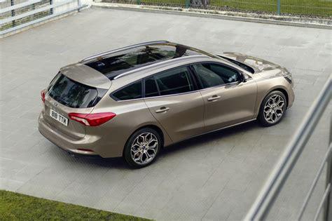 ford focus priced   testdriven