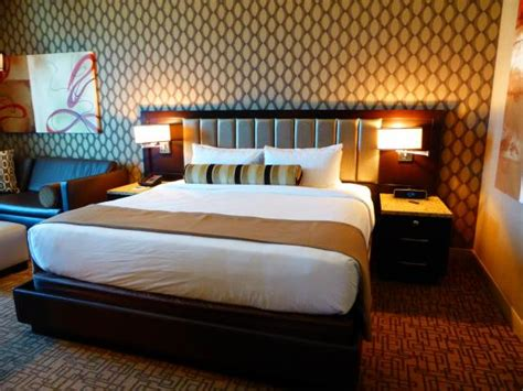 gold club room golden nugget tower gold club room picture of golden nugget hotel las vegas tripadvisor