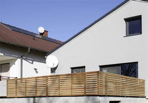 terrassengeländer holz kaufen balkongel 228 nder edelstahl holz kreative ideen f 252 r