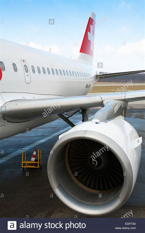volaris stock photos royalty free swiss international airlines airbus a319 powered by 2 high