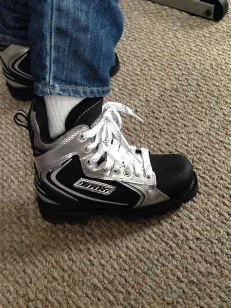 hockey boots hockey shoesi got to get me a pair of these snow
