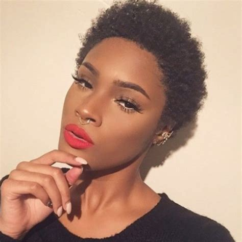 Cheveux Court Femme by Coiffure Afro Femme Cheveux Courts