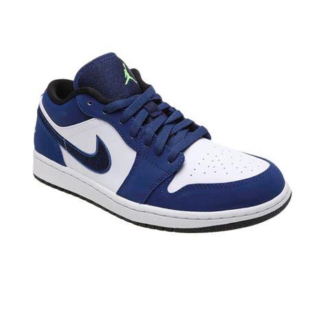 Sepatu Basket Air 1 What The jual nike air 1 low 553558 405 sepatu basket biru