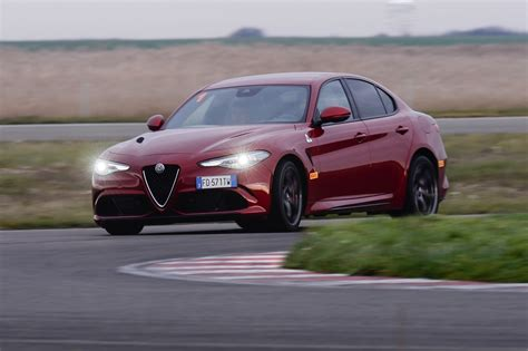 alfa romeo giulia reliability issues sunset and vintage that is how you sell a 1971 alfa romeo autoevolution
