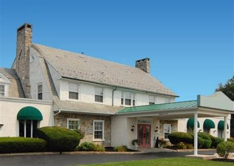 country inn lancaster rodeway inn amish country hotel reviews deals