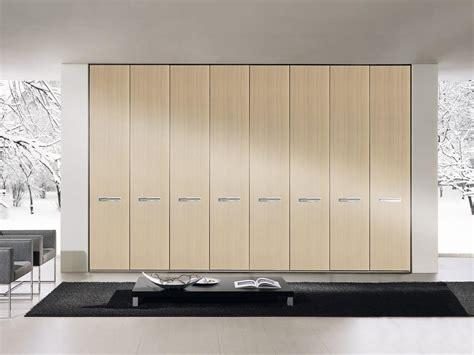 armadio modulare armadio modulare con maniglie in legno per camere da
