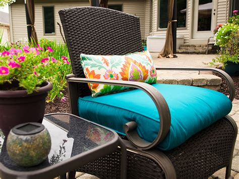 recovering patio cushions how to recover a bullnose patio cushion sailrite