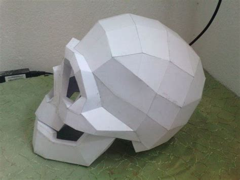 life size skull helmet free papercraft template download