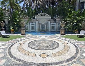 new photos of the versace mansion in miami business insider