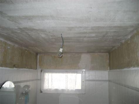 Dunkle Badezimmer Fliesen Reinigen by Dusche Helle Dunkle Fliesen Mosaik Raum Und M 246 Beldesign
