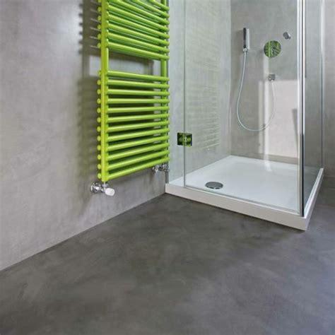 pavimento grigio chiaro 1001 idee per il bagno senza piastrelle molto creative