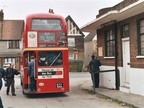 Seat Garage Sidcup by Ian S Stop Swanley 2005