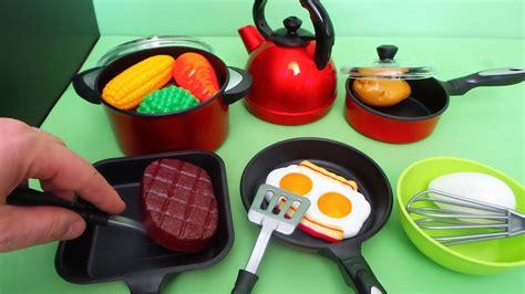 speelgoed uitpakken speelgoed keuken maken atumre