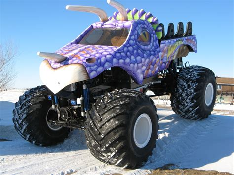 monster jam trucks 10 scariest monster trucks motor trend