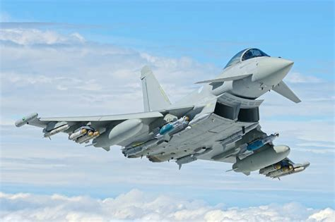 best fighter jet world s top 10 incredibly advanced fighter jets in 2017