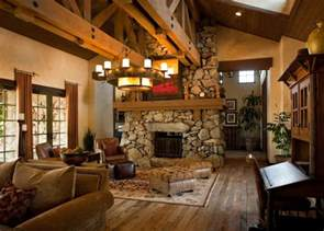 Ranch Style Home Interior by Alamodeus Ranch Hands
