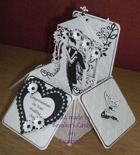 Handmade Wedding Card Box - wedding pop up box using spellbinders and tattered lace