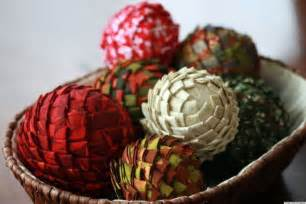 Christmas craft ideas fabric and styrofoam pine cone vase fillers