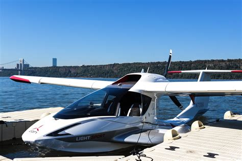 icon boat plane flying the seaplane of the future the icon a5 the verge