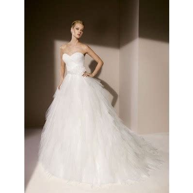 strapless tulle gown with beaded belt simple gown strapless sweetheart layered tulle