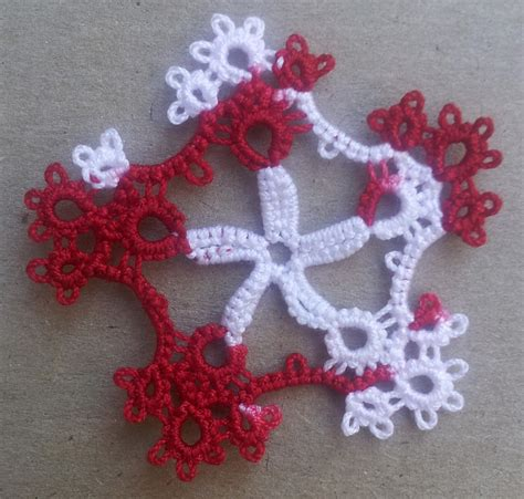 snowflake pattern spokes tatting between words november and december tatting from 2015